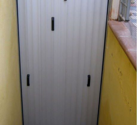 Hochwasserschutz für Kellertür