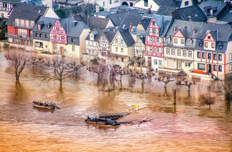 Hochwasser des Rheins